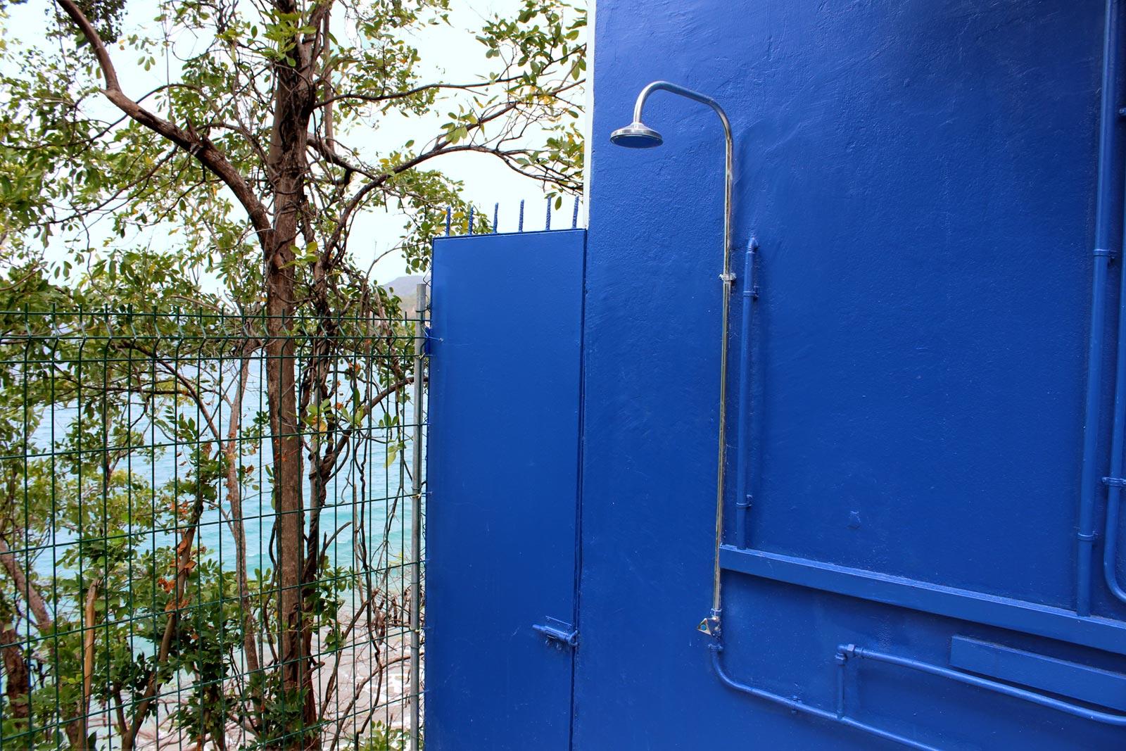 Piscine jardin - Doccia esterna giardino ...